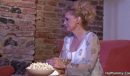 کیم کارداشیان و Lela ستاره در عمل سکس دهانی داغ